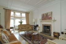 4 bedroom Flat to rent in Cadogan Gardens...