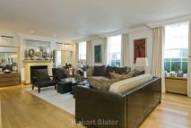 5 bed house in Lyall Mews, Belgravia...