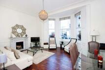 2 bedroom Apartment in Onslow Gardens...