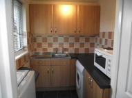Studio flat in Valley Road...