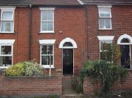 Town House to rent in Denmark Road, NR34