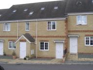 Detached property to rent in Willoughby Fields...