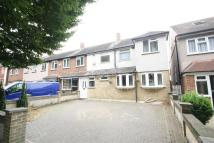 Detached home to rent in Avenue Road - Harold...