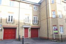 4 bedroom Detached property to rent in Paignton Close - Harold...