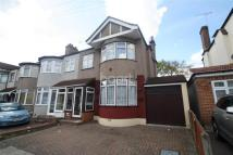 semi detached home in Parkside Avenue -...