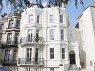 Apartment to rent in Trinity Crescent...