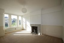 Ground Flat to rent in Sandgate Hill