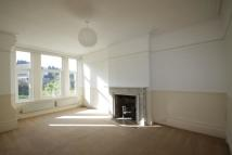 2 bed Ground Flat in Sandgate Hill
