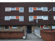 1 bedroom Ground Flat in Moorfield, Staple Tye...