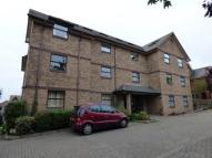 Flat to rent in Charmile CourtSpa Road...