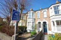 Flat to rent in New Wanstead, Wanstead