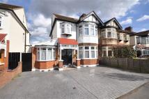 5 bedroom semi detached property in Onslow Gardens...