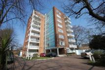 Flat to rent in High Street, Wanstead