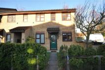2 bed Flat in Osprey Close, Wanstead