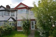 3 bedroom semi detached property to rent in Deynecourt Gardens...