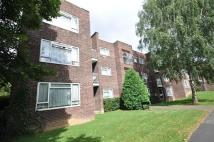 3 bedroom Flat to rent in Malcolm Way, Wanstead