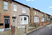 2 bed semi detached house in Halstead Road, Wanstead