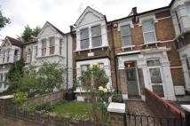 3 bedroom Terraced house in Mansfield Road, Wanstead