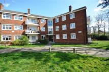 3 bed Flat for sale in Hermitage Walk...