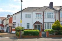 5 bedroom semi detached home in Cranbourne Avenue...