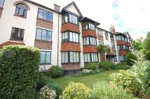 2 bedroom Flat in Forest Court...