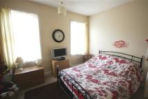 3 bedroom Flat in Clare Lane Islington