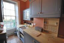 Flat to rent in Gallia Road Islington