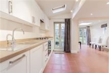 3 bedroom property for sale in Grove Place, W3