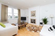 2 bed Flat for sale in Cumberland Park, W3