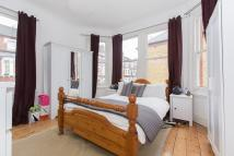 Flat to rent in Tremadoc Road, SW4