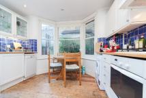 1 bedroom Flat to rent in Grantham Road, SW9