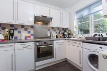 1 bedroom Flat in Clapham Common South...