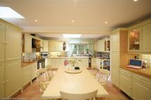 5 bedroom Detached property in Islet Road, Maidenhead...