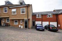 3 bed house in Jeeves Yard, Hitchin
