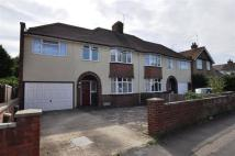 5 bed property to rent in Bearton Avenue, Hitchin