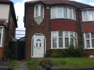 3 bed semi detached house to rent in Coventry Road, Birmingham