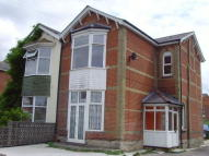 3 bed Flat to rent in Shirley Park Road...