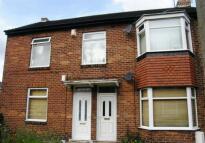 Ground Flat to rent in Baker Gardens, Dunston