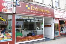 property to rent in High Street, Alfreton, Derbyshire