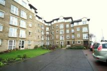 Apartment in Johnstone Drive...