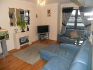2 bedroom Flat to rent in Shieldhill Court...