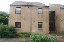 Flat to rent in Greenside Close, Lanark...