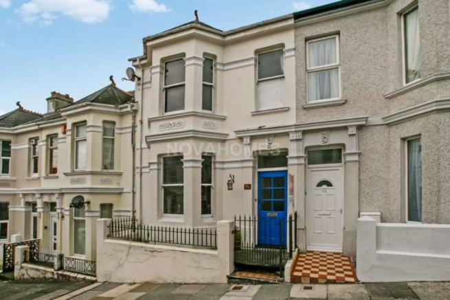 2 Bedroom Terraced House For Sale In Rosebery Avenue St