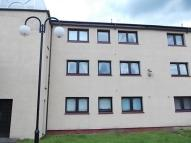3 bedroom Flat to rent in Fiddoch Court, Newmains...