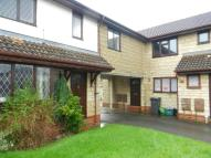 3 bed End of Terrace property in Paddock Close, Bristol...
