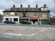 3 bed Flat in Bradford Road, Bradford...
