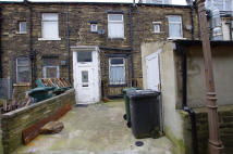 4 bed Duplex to rent in Great Horton Road...