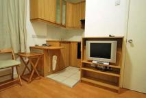 Studio flat in Modern studio flat to...