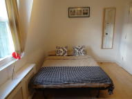 Studio flat in Penywern Road, London...