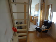 Penywern Road Studio flat to rent